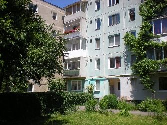 vanzare apartament decomandata, zona Astra, orasul Brasov, suprafata utila 100 mp