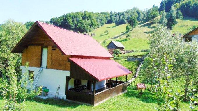 vanzare Casa Bran cu 3 camere, cu suprafata utila de 116 mp, 1 grup sanitar. 60.000 euro.. Casa vanzare Bran  Brasov