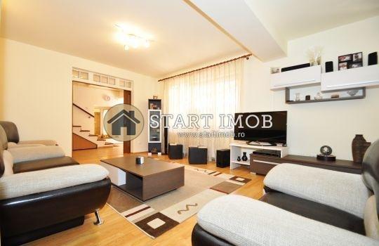 Casa de vanzare direct de la agentie imobiliara, in Brasov, zona Centru, cu 264.000 euro. 3 grupuri sanitare, suprafata utila 232 mp. Are  5 camere.