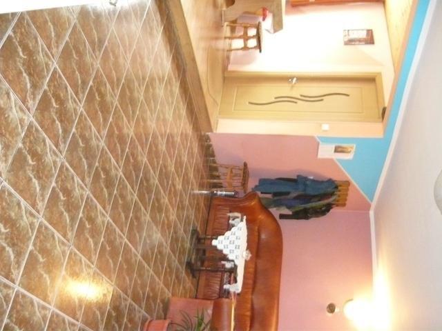 vanzare Casa Rasnov cu 6 camere, cu suprafata utila de 130 mp, 3 grupuri sanitare, 1  balcon. 61.000 euro negociabil.. Casa vanzare Rasnov  Brasov