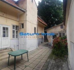 vanzare casa de la agentie imobiliara, cu 6 camere, in zona Centrul Istoric, orasul Brasov