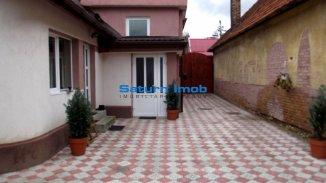 vanzare casa cu 6 camere, zona Aurel Vlaicu, orasul Brasov, suprafata utila 280 mp