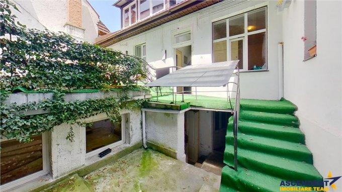vanzare Casa Brasov Brasovul Vechi cu 8 camere, 4 grupuri sanitare, avand suprafata utila 250 mp. Pret: 380.000 euro. agentie imobiliara vand Casa.