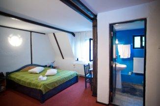 Brasov Bran, Mini hotel / Pensiune cu 14 camere de vanzare de la agentie imobiliara