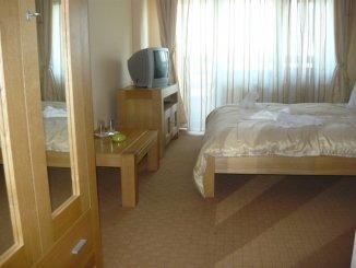vanzare Mini hotel de la agentie imobiliara cu 2 etaje, 10 camere, comuna Bran