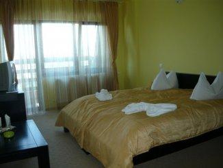 Mini hotel de vanzare cu 2 etaje 10 camere, Bran  Brasov
