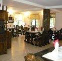 Mini hotel de vanzare cu 2 etaje 15 camere, Moieciu de Sus  Brasov