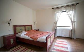 Brasov Fundatica, Mini hotel / Pensiune cu 11 camere de vanzare de la agentie imobiliara