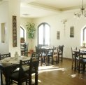 Mini hotel de vanzare cu 2 etaje 11 camere, Fundatica  Brasov