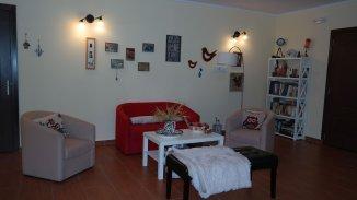 Mini hotel de vanzare cu 2 etaje 12 camere, Bran  Brasov