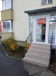 Brasov, zona Calea Bucuresti, Spatiu comercial cu 3 incaperi, de inchiriat de la agentie imobiliara