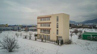 Brasov, zona Calea Bucuresti, Spatiu comercial cu 20 incaperi, de vanzare de la agentie imobiliara