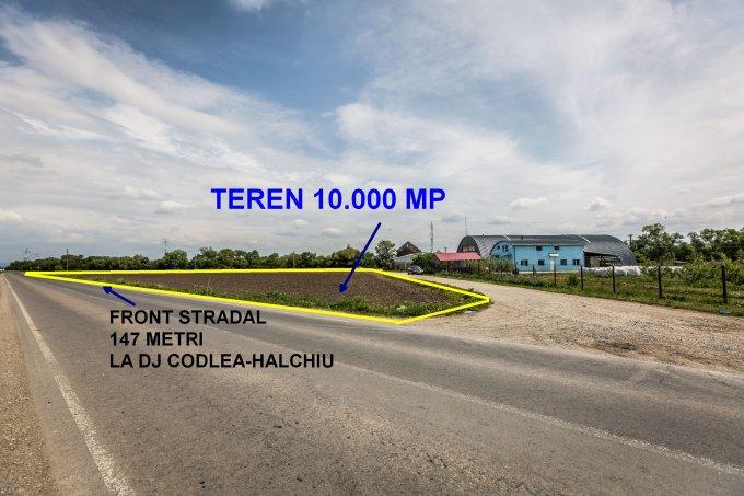 Teren extravilan de vanzare direct de la agentie imobiliara, in Codlea, zona Nord-Est, cu 30.000 euro. Suprafata de teren agricol 10000 metri patrati cu deschidere de 147 metri.