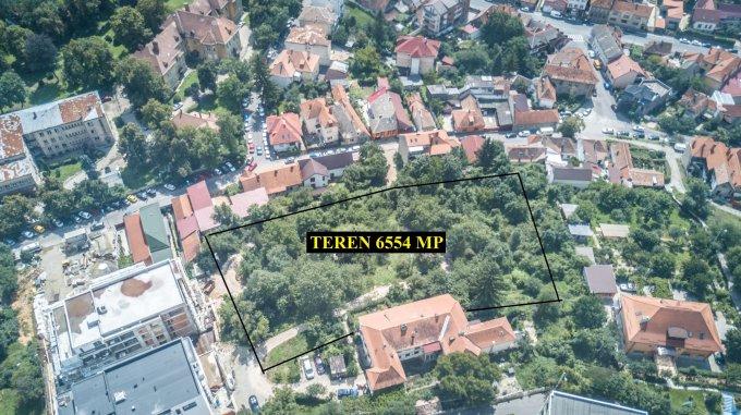 Teren intravilan de vanzare direct de la agentie imobiliara, in Brasov, zona Centru Vechi, cu 1.894.106 euro. Suprafata de teren 6554 metri patrati cu deschidere de 70 metri.  Destinatie: Rezidenta.