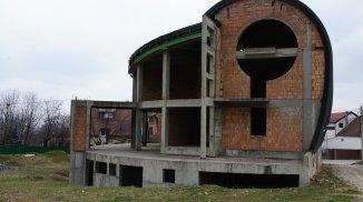 vanzare vila de la proprietar, cu 1 etaj, 7 camere, in zona Bunloc, orasul Sacele