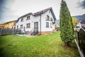 Brasov Sacele, zona Bunloc, vila cu 4 camere de vanzare de la agentie imobiliara