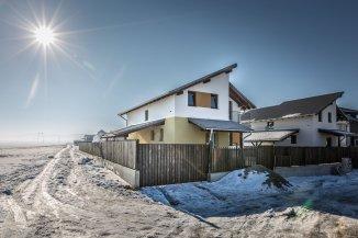 Brasov Sanpetru, vila cu 4 camere de vanzare de la agentie imobiliara