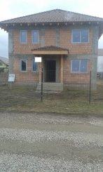 agentie imobiliara vand Vila cu 1 etaj, 5 camere, comuna Tarlungeni