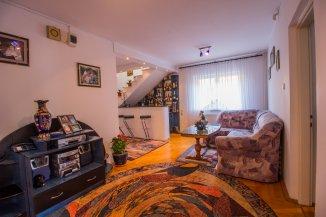 proprietar vand Vila cu 2 etaje, 8 camere, orasul Brasov
