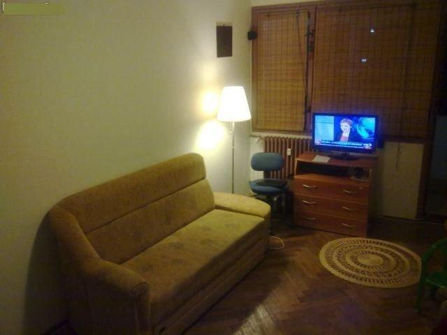 vanzare apartament decomandat, zona Basarabia, orasul Bucuresti, suprafata utila 52 mp