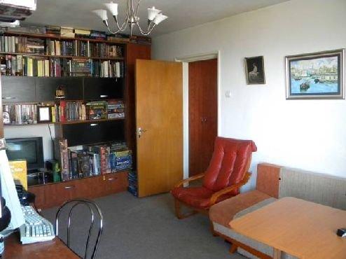agentie imobiliara inchiriez apartament semidecomandat, in zona Baba Novac, orasul Bucuresti