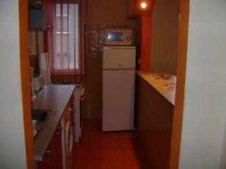 inchiriere apartament semidecomandat, zona Kogalniceanu, orasul Bucuresti, suprafata utila 50 mp