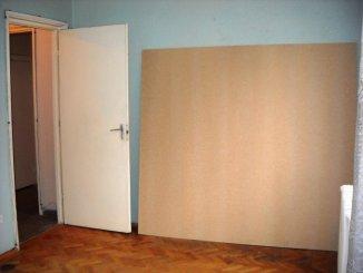 Bucuresti, zona Ferdinand, apartament cu 2 camere de vanzare