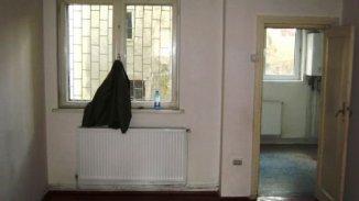 vanzare apartament cu 2 camere, nedecomandat, in zona Lizeanu, orasul Bucuresti