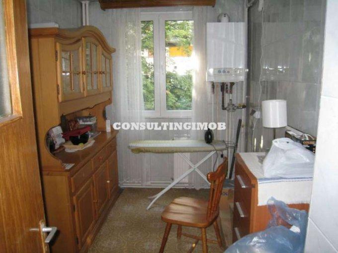 vanzare apartament semidecomandat, zona Dristor, orasul Bucuresti, suprafata utila 49 mp