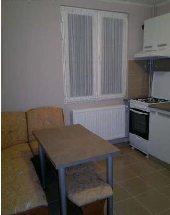 vanzare apartament decomandat, zona Drumul Taberei, orasul Bucuresti, suprafata utila 49 mp