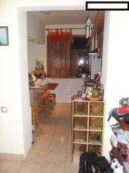 vanzare apartament cu 2 camere, semidecomandat, in zona 1 Mai, orasul Bucuresti
