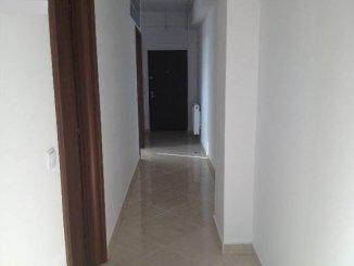vanzare apartament cu 2 camere, decomandat, in zona 1 Mai, orasul Bucuresti