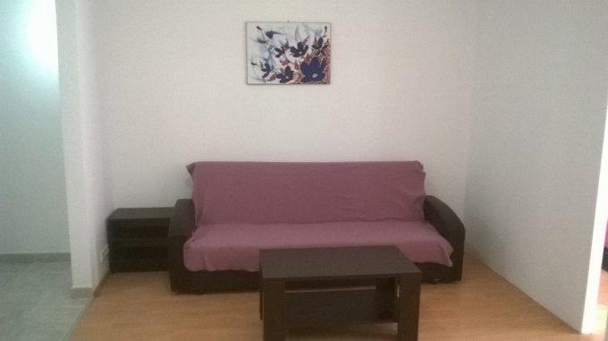 vanzare Apartament Bucuresti cu 2 camere, cu 1 grup sanitar, suprafata utila 50 mp. Pret: 55.000 euro. Incalzire: Centrala proprie a locuintei. Racire: Aer conditionat.