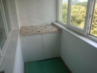 proprietar vand apartament decomandat, in zona Drumul Taberei, orasul Bucuresti