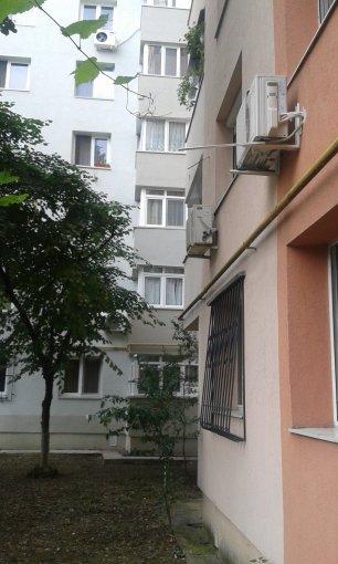 Apartament de vanzare direct de la agentie imobiliara, in Bucuresti, in zona Dristor, cu 54.000 euro. 1  balcon, 1 grup sanitar, suprafata utila 49 mp.