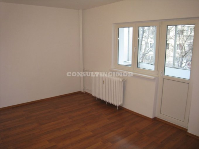 inchiriere apartament decomandat, zona Vitan, orasul Bucuresti, suprafata utila 55 mp