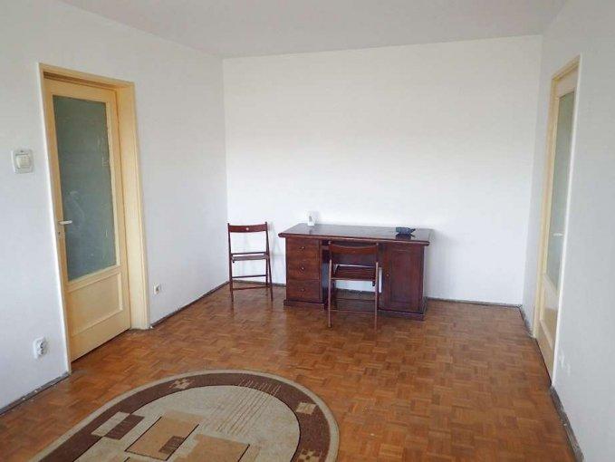 Apartament vanzare Muncii cu 2 camere, etajul 8 / 9, 1 grup sanitar, cu suprafata de 44 mp. Bucuresti, zona Muncii.