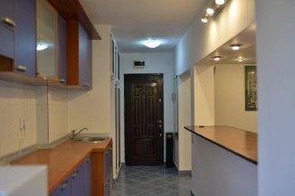 proprietar vand apartament semidecomandat, in zona Basarabia, orasul Bucuresti