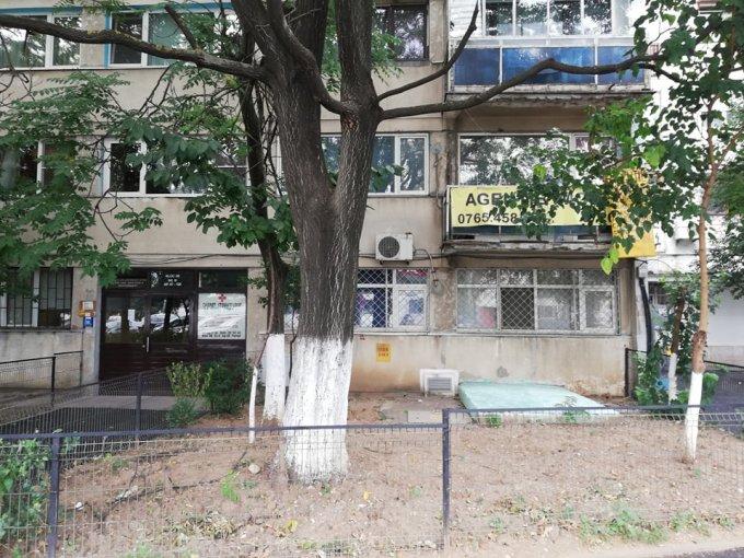 vanzare Apartament Bucuresti cu 2 camere, cu 1 grup sanitar, suprafata utila 49 mp. Pret: 66.000 euro negociabil. Incalzire: Incalzire prin termoficare. Racire: Sistem de ventilatie naturala.