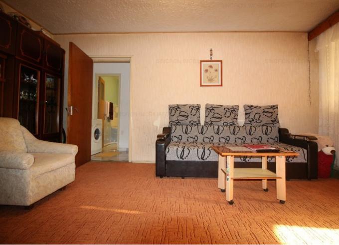 Apartament vanzare cu 2 camere, etajul 7 / 10, 1 grup sanitar, cu suprafata de 51 mp. Bucuresti.