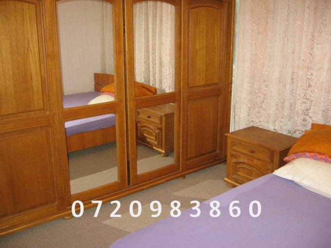 Apartament de inchiriat direct de la agentie imobiliara, in Bucuresti, in zona Titan, cu 300 euro. 1  balcon, 1 grup sanitar, suprafata utila 47 mp.
