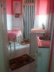proprietar vand apartament semidecomandat, in zona Parcul Carol, orasul Bucuresti