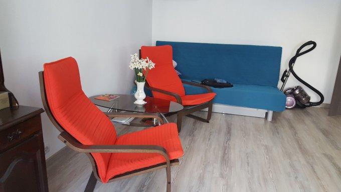 vanzare Apartament Bucuresti cu 2 camere, cu 1 grup sanitar, suprafata utila 50 mp. Pret: 90.000 euro. Incalzire: Incalzire prin termoficare. Racire: Sistem de ventilatie naturala.