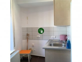 Apartament cu 2 camere de vanzare, confort 1, zona Piata Victoriei,  Bucuresti