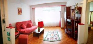 proprietar inchiriez apartament decomandat, in zona Sala Palatului, orasul Bucuresti