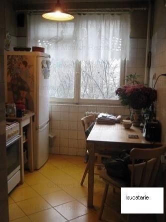 agentie imobiliara vand apartament decomandata, in zona Colentina, orasul Bucuresti