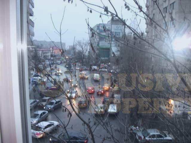 vanzare apartament cu 2 camere, semidecomandata, in zona Militari, orasul Bucuresti