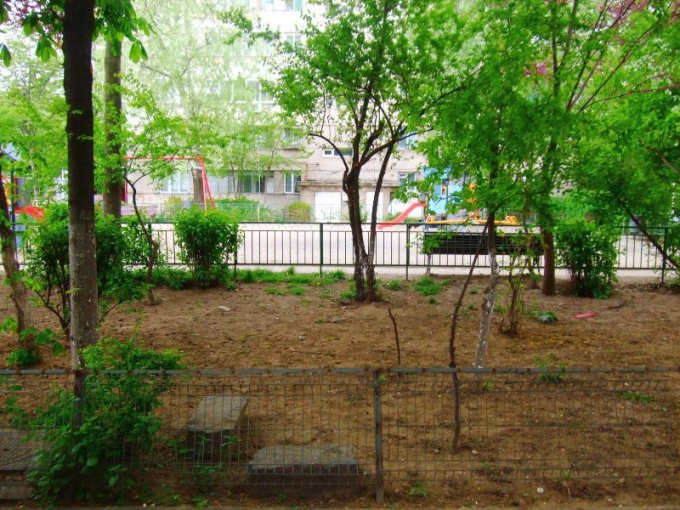 vanzare apartament cu 2 camere, semidecomandata, in zona Colentina, orasul Bucuresti