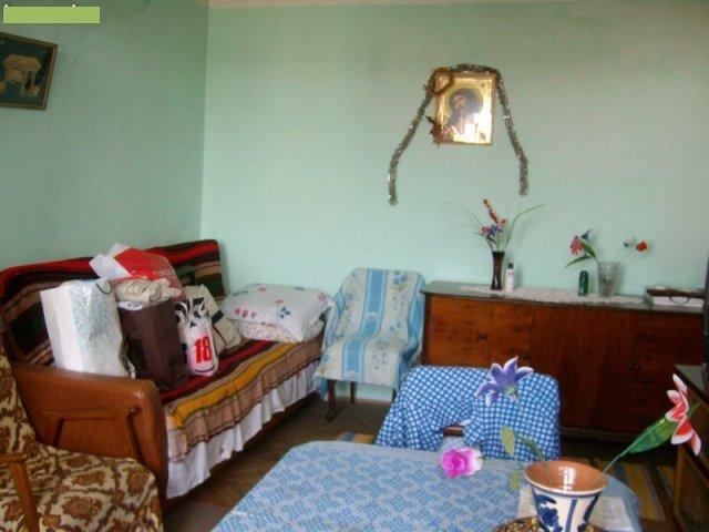 agentie imobiliara vand apartament semidecomandata, in zona 1 Mai, orasul Bucuresti