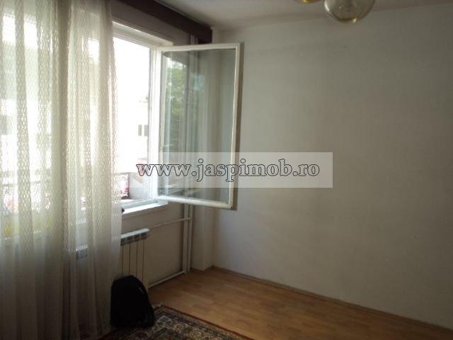 Bucuresti, zona Sala Palatului, apartament cu 2 camere de inchiriat